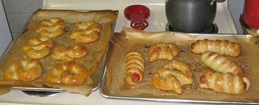 pretzels and pretzel dogs