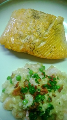 pan seared salmon with shrimp, leek and spring pea risotto