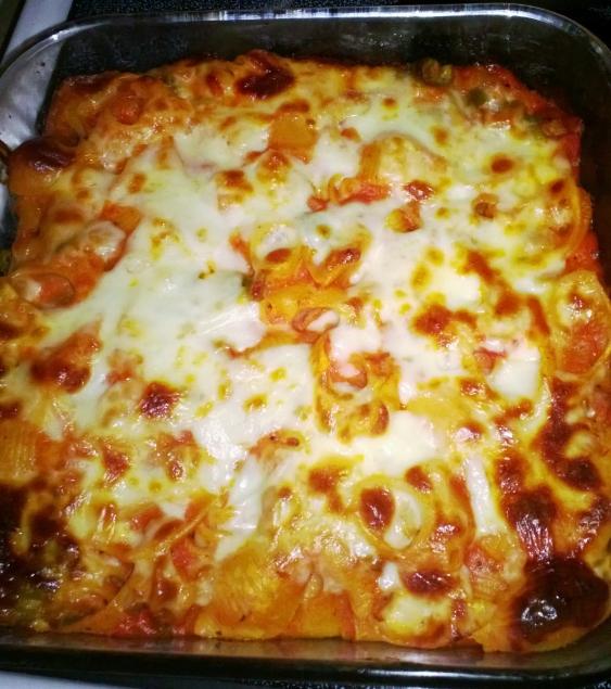 baked ziti (made with a bechamel sauce and garlic marinara)