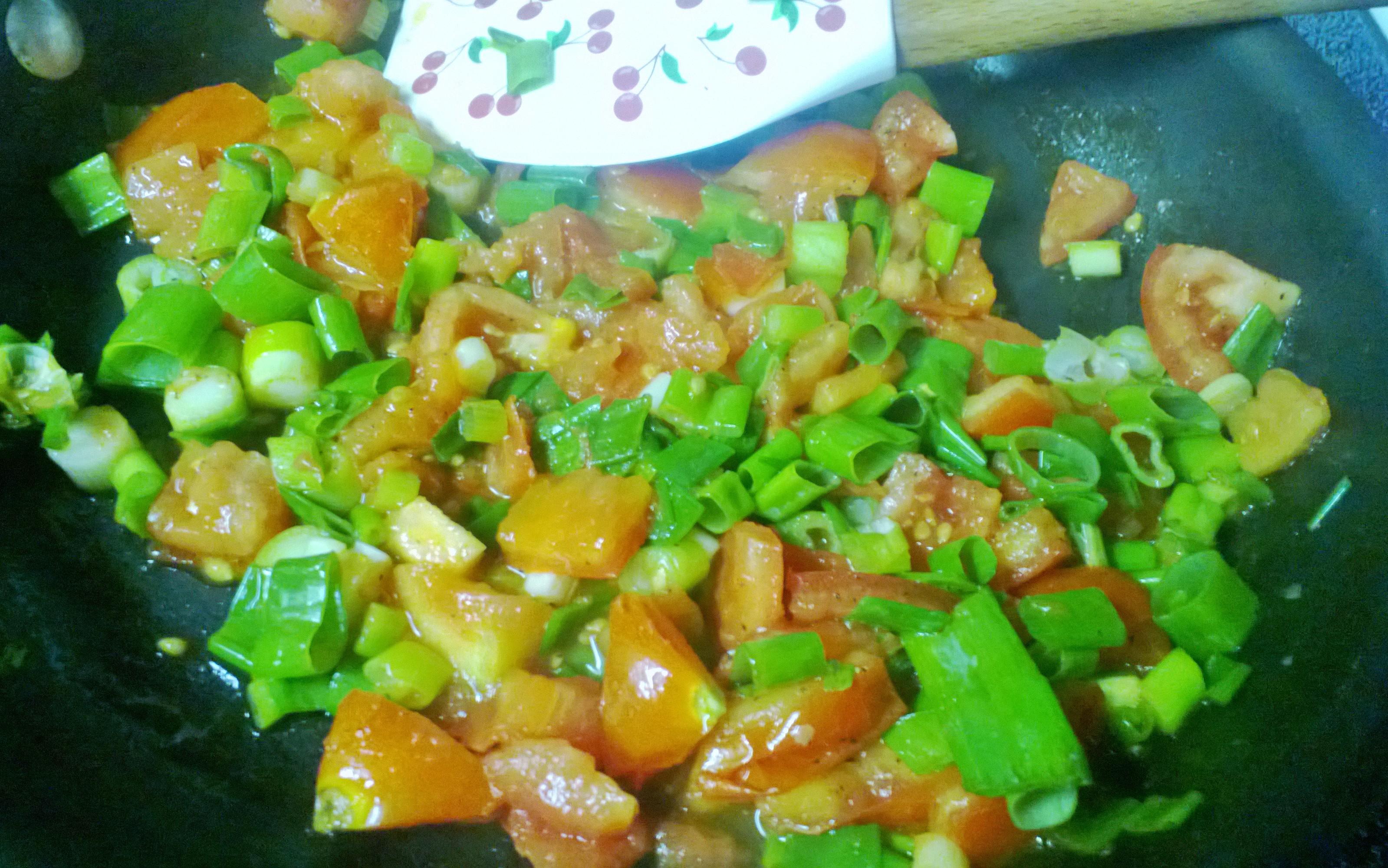 Tomato, Scallion, Parmesan and Sour Cream Frittata | therapy bread