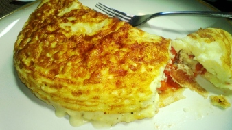 Egg White Omelet with Roasted Cherry Tomatoes
