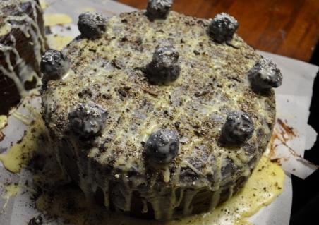 MUDSLIDE CAKE CHEESECAKE